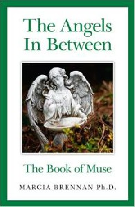 Cover of the book 'Angels in between' by Marcia Brennan.